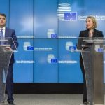 EU Tells Ukraine Anti-Corruption Effort is Precondition for Support